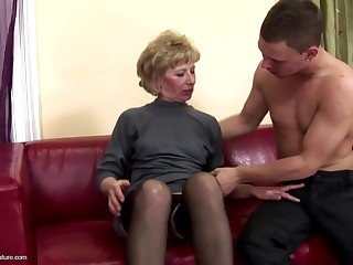 Spectacular ma gets anal sex and pissing from son