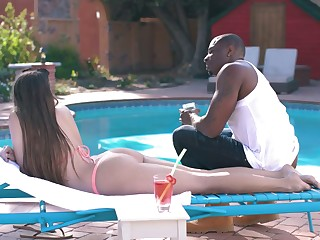 Amazing big bubble irritant proprietor Gia Derza lures black stud be required of outdoor sex