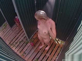 Czech MILF Spied in Shower