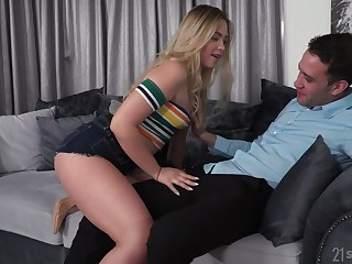 Lustful Russian infant Selvaggia allows to penetrate their way tight anal hole