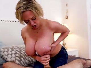 Stunning bosomy lady Dee Williams treats stud with a sensual blowjob
