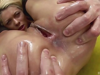 Hardcore anal creampie after an intense doggy style turtle-dove