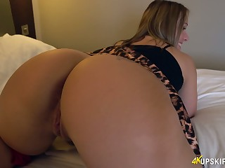 WOW milf forth huge appetizing pain in the neck Ashley Rider shows her puffy pussy upskirt