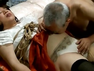 Gentlman toilet kit is shemale and her bound