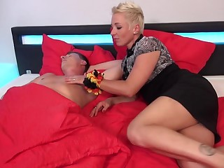 German mom Mandy Mystery wakes up daughter relating to blowjob