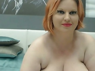 horny bbw fucks her pussy and has heavy titties