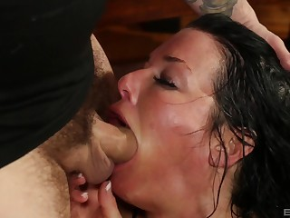 Mature throats with regard to the dick in scenes be fitting of rough oral porn