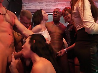 Upper floor orgy be expeditious for a difficulty ladies in nutty as a fruit cake XXX scenes