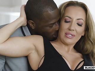 Richelle Ryan Lustfl Cougar Interracial Making love