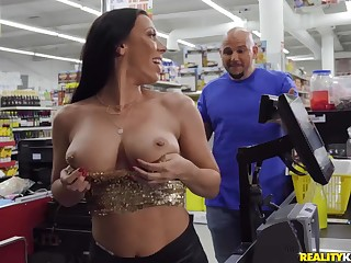 Rachel Starr seduced Jmac fro make love just about the supermarket