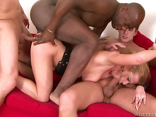 Slut Anita Hell-cat spreads her legs approximately be fucked in a gangbang