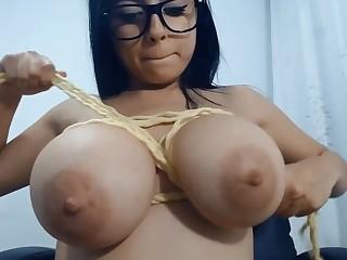 Sexually Attractive Big Breasts Babe Webcam