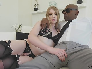 Sexy white transgender Janelle Fennec gets anus blacked for the first epoch