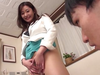 Quickie shagging on the love-seat with provocative babe Aoi Yurika