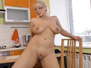Horny kermis slut Luba Luve loves fingering her cunt with regard to the kitchen