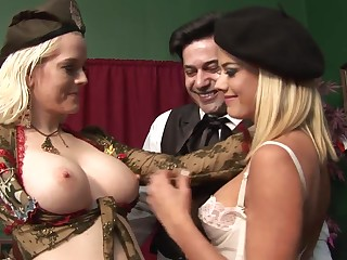 Highly Interesting Rectal 3Some Hook-Up Just about Whorey Blondes